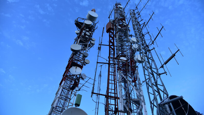 Cell tower application update